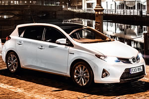 Toyota Auris Active Optimal Drive 1.4 D-4D 90 DIN BHP