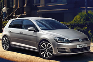 Volkswagen Golf Match 1.6 TDi 5 Speed 105 BHP BlueMotion Technology in Reflex Silver Metallic