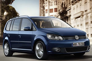 Volkswagen Touran SE 1.6 TDi BlueMotion Technology 6 Speed 105 BHP Metallic